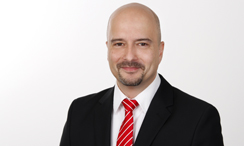 Optris application specialist Bülent Franke